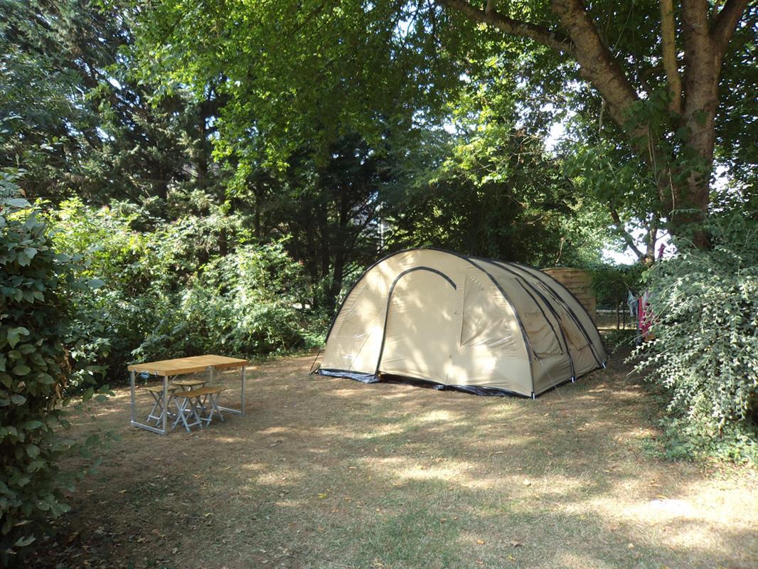 Emplacements camping amboise en val de loire tente for Camping le jardin