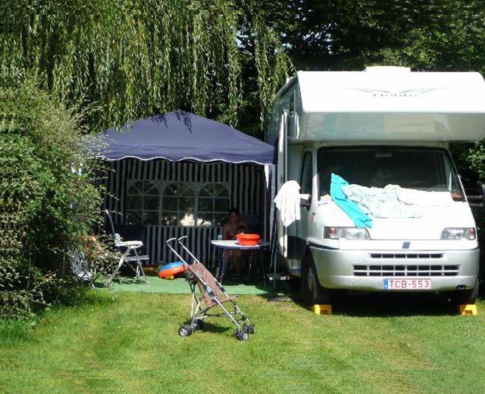 Emplacements camping amboise en val de loire tente for Camping le jardin botanique limeray
